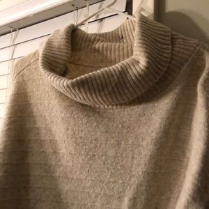 Old Navy Sweaters - Old Navy Tan Heavy Weight Sweater